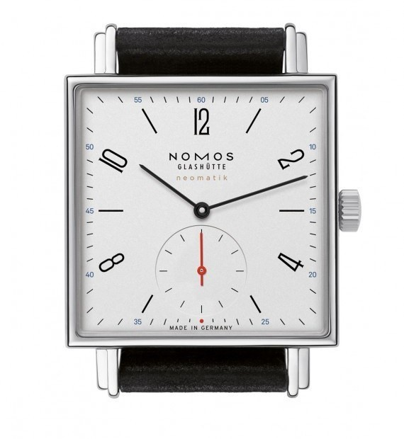 Nomos Tetra Neomatik Features New Automatic Movement