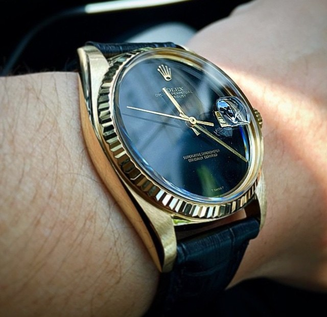 Globemaster bezel watch