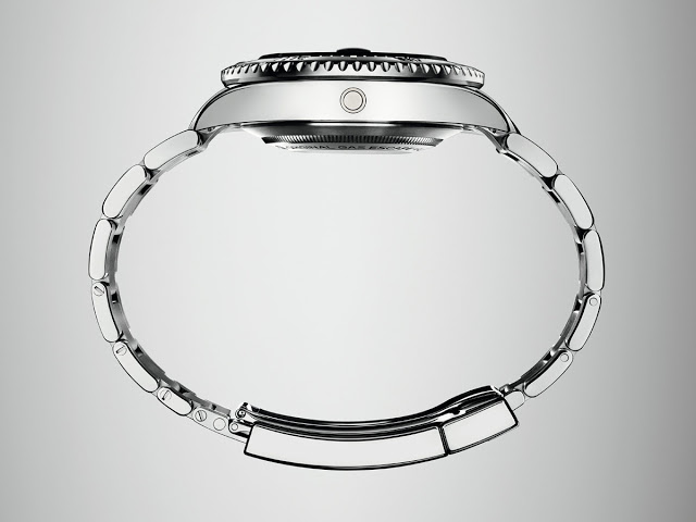 new Sea-Dweller stainless strap